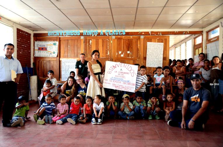 Somoto-school-donation-Quetzaltrekkers-Nicaragua (2)