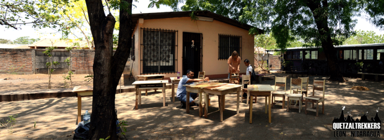 Quetzaltrekkers Leon donates tables to the Special School