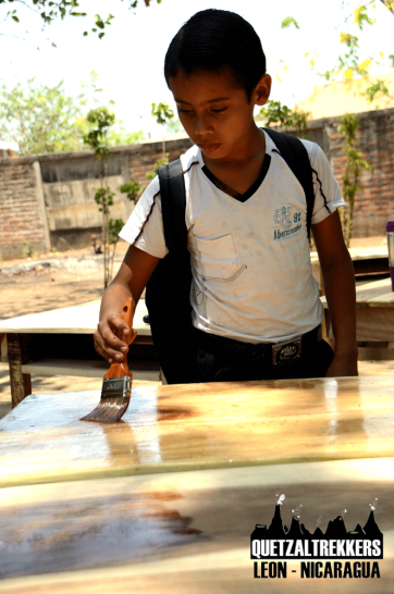 Quetzaltrekkers Leon donated tables to the Special School