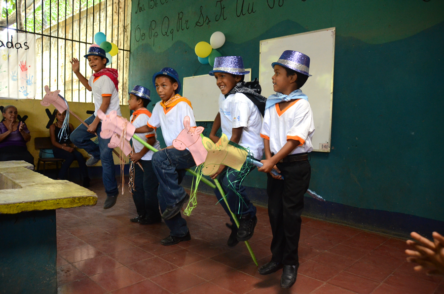 Mothers day celebration | Quetzaltrekkers Nicaragua | #education