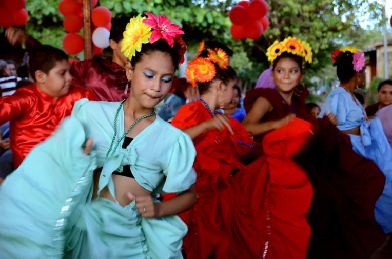 Mother day celebration - Quetzaltrekkers Nicaragua (8)
