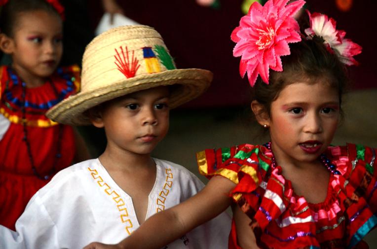 Mother day celebration - Quetzaltrekkers Nicaragua (9)
