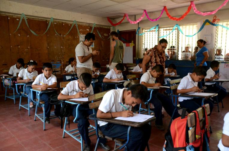 Quetzaltrekkers Nicaragua - Education non profit project (1)