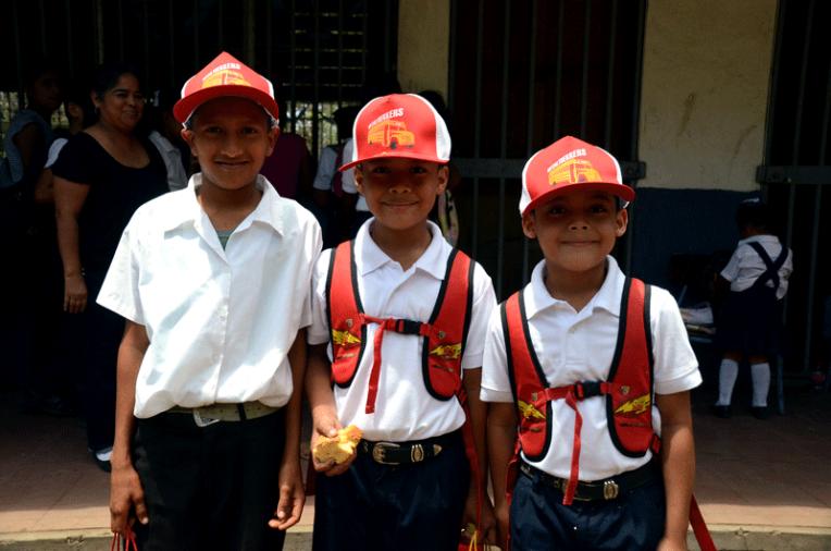 Quetzaltrekkers Nicaragua - Education non profit project (7)