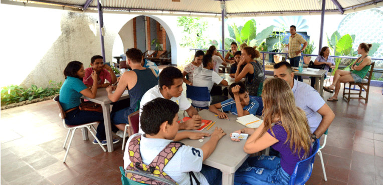Scolarship for english classes | Quetzaltrekkers Nicaragua | #education